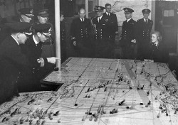 Naval_Plotting_Room_Inspection_HM_King_1944